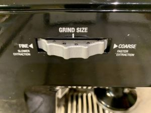 Breville BES870XL Grind Size Dial located on the side of the machine.
